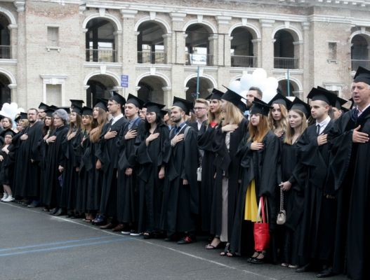 Almost a thousand new graduates joined the ranks of Ukraine's next leaders